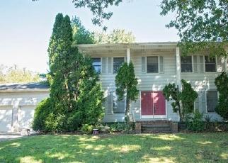 Foreclosed Home in N LAKE DR, Lakewood, NJ - 08701