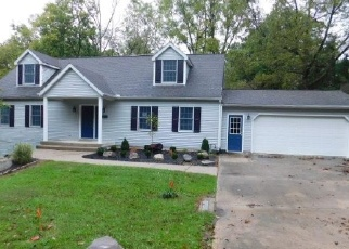 Foreclosed Home en E WALNUT ST, Spring Valley, OH - 45370