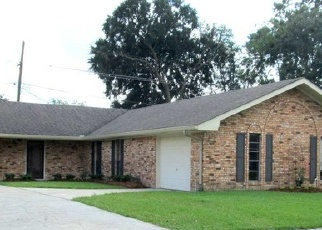 Foreclosed Home in EAGLE DR, Houma, LA - 70364