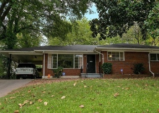 Foreclosed Home en LAGUNA DR, Decatur, GA - 30032