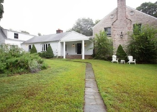 Foreclosed Home in NORFIELD WOODS RD, Weston, CT - 06883