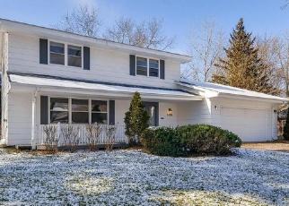 Foreclosed Home en FARRINGTON CIR, Saint Paul, MN - 55113