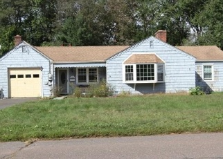 Foreclosed Home in GLENVIEW DR, Newington, CT - 06111
