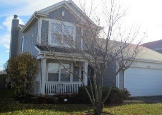 Foreclosed Home en CAPE COD LN, Hampshire, IL - 60140
