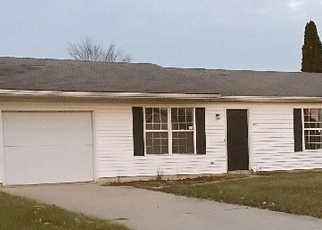 Foreclosed Home in W LINCOLN ST, Ashley, IN - 46705
