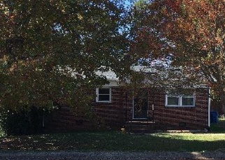 Foreclosed Home in 25TH ST SW, Hickory, NC - 28602