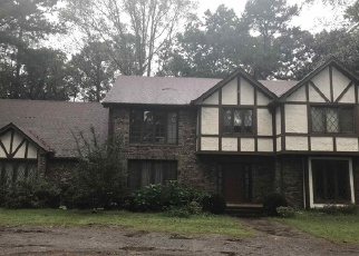 Foreclosed Home en SUNNYBROOK FARM RD, Atlanta, GA - 30350