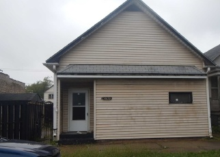 Foreclosed Home en S GREEN BAY AVE, Chicago, IL - 60617