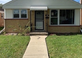 Foreclosed Home en EASTERN AVE, Bellwood, IL - 60104