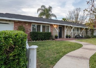 Foreclosed Home en HEWES AVE, Santa Ana, CA - 92705