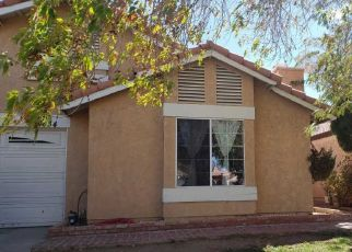 Foreclosed Home en AVOCADO LN, Palmdale, CA - 93550