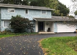 Foreclosed Home en TREELAND CIR, Syracuse, NY - 13219