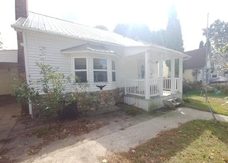 Foreclosed Home in HOWARD ST, Cadillac, MI - 49601