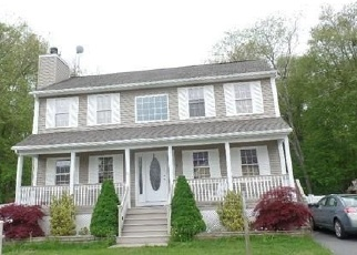 Foreclosed Home in TORI LYNN DR, New Bedford, MA - 02745