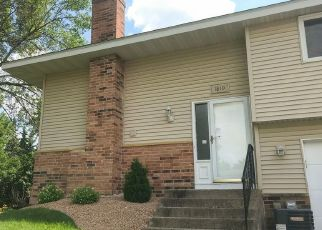 Foreclosed Home en E 123RD ST, Burnsville, MN - 55337