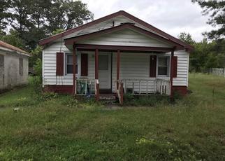 Foreclosed Home en ANDERSON ST, Emporia, VA - 23847