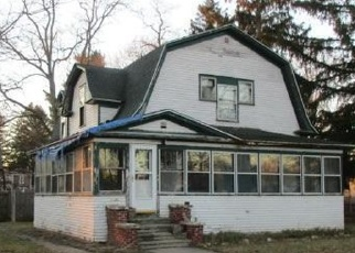 Foreclosed Home in COTTAGE ST, Gobles, MI - 49055