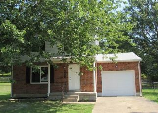 Foreclosed Home in AUSTIN DR, Radcliff, KY - 40160