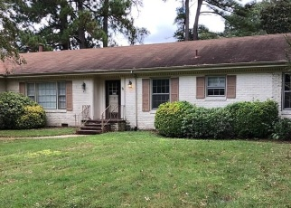 Foreclosed Home in FORTUNE LN, Portsmouth, VA - 23703