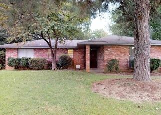Foreclosed Home in OAKWILD DR, Montgomery, AL - 36117