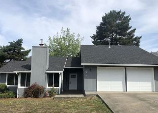 Foreclosed Home in SW CANBY CT, Beaverton, OR - 97007