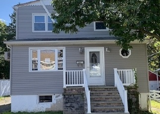 Foreclosed Home in LEWIS PL, Totowa, NJ - 07512