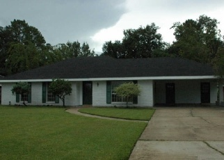 Foreclosed Home in MAPLE DR, Lafayette, LA - 70506