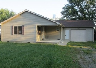 Foreclosed Home in W DALEVILLE RD, Daleville, IN - 47334