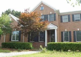 Foreclosed Home en ALYSHA LYNNE CT, Latham, NY - 12110