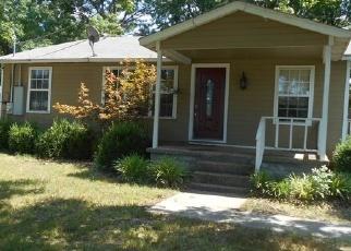 Foreclosed Home in SE 1ST ST, Wagoner, OK - 74467
