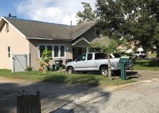 Foreclosed Home in RIVERSIDE DR, Tarpon Springs, FL - 34689