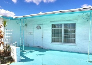 Foreclosed Home en NW 82ND AVE, Fort Lauderdale, FL - 33321