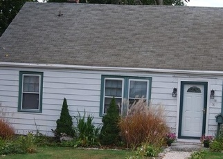 Foreclosed Home in MAGNOLIA AVE, West Haven, CT - 06516