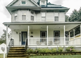 Foreclosed Home in CATTELL AVE, Oaklyn, NJ - 08107