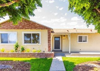 Foreclosed Home en TERRA BELLA ST, Pacoima, CA - 91331
