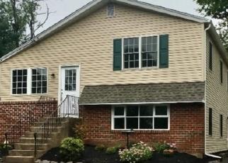 Foreclosed Home en MOSS AVE, Warrington, PA - 18976