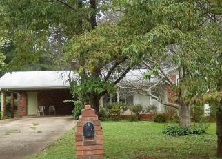 Foreclosed Home en MACEDONIA DR, Powder Springs, GA - 30127