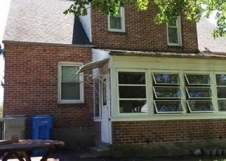 Foreclosed Home en REDSTONE HILL RD, Bristol, CT - 06010