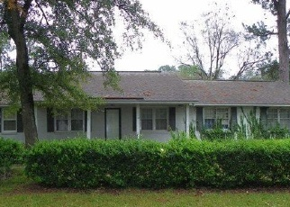 Foreclosed Home in S HILL RD, Timmonsville, SC - 29161
