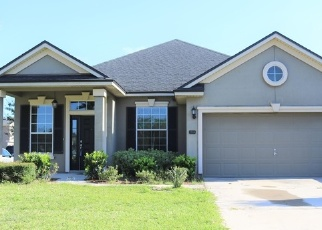 Foreclosed Home en NARROWLEAF CT, Jacksonville, FL - 32225