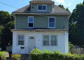 Foreclosed Home en COTTAGE PL, New Britain, CT - 06051