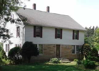 Foreclosed Home en KING ST, Enfield, CT - 06082
