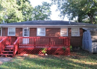 Foreclosed Home in IMPERIAL TER, Louisville, KY - 40216