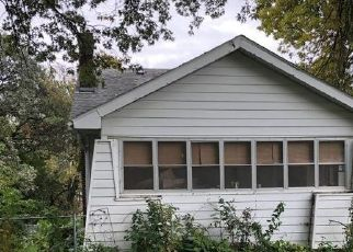 Foreclosed Home in N 18TH ST, Clarinda, IA - 51632