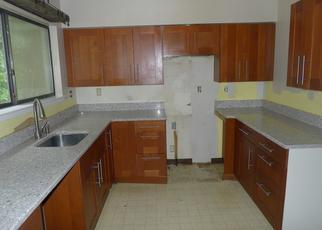 Foreclosed Home en SUNRISE HILL LN, Norwalk, CT - 06851