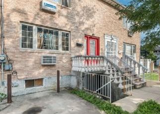 Foreclosed Home en SPRINGFIELD BLVD, Queens Village, NY - 11429