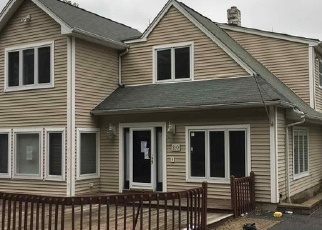 Foreclosed Home in CIRCLEVIEW AVE, Berkeley Heights, NJ - 07922
