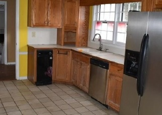 Foreclosed Home in SMOKEHOUSE PATH, Lawrenceville, GA - 30044