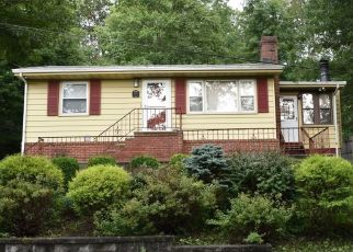 Foreclosed Home in ROLLINS TRL, Hopatcong, NJ - 07843