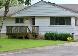Foreclosed Home en HART RD, Batavia, IL - 60510
